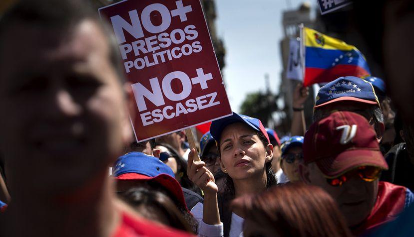 """Pío Zelaya: """"Maduro ha cruzado todas las líneas rojas de la democracia"""""""