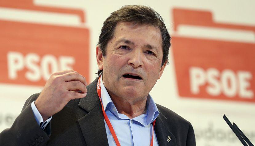 Javier Fernández y Sara Hernández inauguran el Foro Político del PSOE